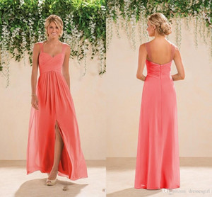 2020 Coral Beach Bridesmaids Kleider Chiffon lange eine Linie Perlen Spaghetti-Trägern Crystals Split Abendkleider Günstige Abendkleid