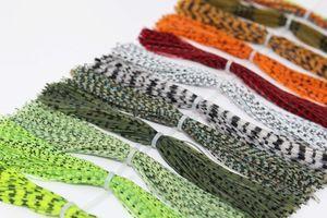 Tigofly 16 bundles 13cm Barred Color Gonne in silicone Gambe Pearl Flake Fai da te Spinner Bait Calamari in gomma Materiali per legare le mosche