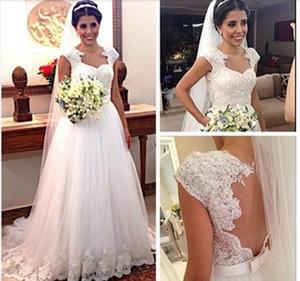 모자 소매를 가진 2016의 레이스 웨딩 드레스 환영 여백없는 매력적인 신부 드레스 법원 기차 웨딩 드레스 Spring Vestidos de noiva 2015