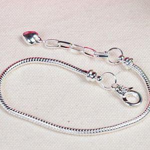 klassische DIY 925 Silber Überzug Schlangenkette Armbänder + Verlängerung der Kette passen Europen Charms Perlen Karabinerverschluss