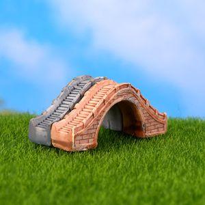 2 pcs Passerelle Pont Montagnes Mini Fée jardin Décoration de la maison miniatures pour terrarium figurine Mousse zakka résine artisanat ornements