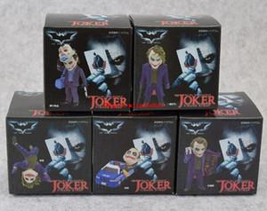 5pcs / set DC Comics Batman Le Chevalier Noir Le Joker Mini téléphone Sangles charme PVC Chiffres Collection Jouet Modèle Poupée