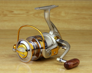 Frais de port, Vente chaude Super Technology Reel Fishing 10BB EF 1000-7000 Séries Spinning Reel Boat Rock Fishing Wheel