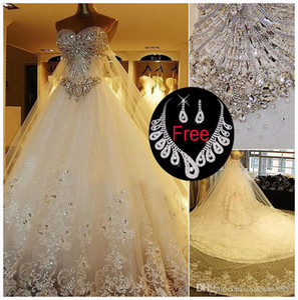 2019 Vestidos de novia de encaje de cristal brillante modesto Vestidos de novia de tren de la catedral de lujo Imagen real más vestido de novia de talla grande Pnina Tornai