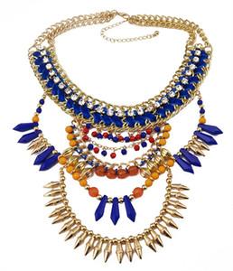 oro placcato in stile europeo a mano treccia strass grosso blu catena di perle marrone rivetta fascino nappa Collana a bavaglio dichiarazione