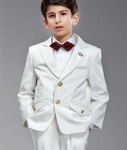 2016 Nuevo Elegante Hermoso Blanco Chico Esmoquin Dos Botones Childern Ropa Anillo Portador Trajes (Chaqueta + Pantalones + Arco + Chaleco)