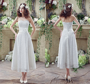 2016 кружева короткие свадебные платья без бретелек линия Sexy Back с ручной цветок лодыжки длина летний пляж дешевые свадебные платья CPS240