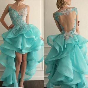 Neue 2019 Blue Prom Dresses Illusion Rundhalsausschnitt Organza Spitze Appliques Rüschen Perlen Sheer Back High Front und Low Back Abendkleider