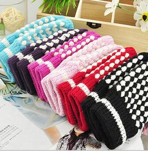 MOQ=100 зима высокое качество женщина человек шерсть перчатки без пальцев компьютер typing перчатки ананас волшебные перчатки ананас половина перчатки точка 6 цветов