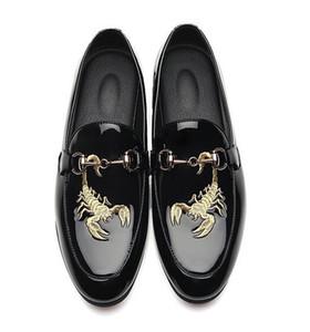 İtalyan Erkekler Elbise Ayakkabı Toka Askı Patent Deri Lüks Moda nakış moccasins Damat Düğün Ayakkabı Erkekler Oxford ayakkabı 38-48 Loafer'lar 8