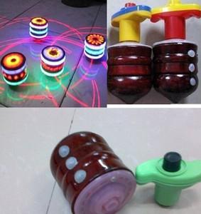 LED flaş ahşap gyro müzik ışık yayan oyuncak dönen top peg-top bebek yenilik klasik oyuncak çocuklar için Oyuncaklar hediyeler Drop Shipping