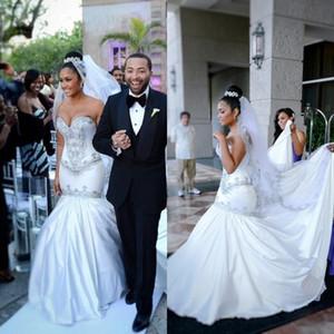 Fit and Flare Wedding Dressess Cristales de sirena Con cuentas Escote corazón Sin tirantes Por encargo Vestidos de novia Cremallera Volver Primavera