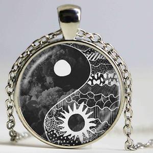 Yin yang sol e lua colar de pingente de tai chi jóias de vidro cabochão longo colar de declaração cadeia para mulheres homens acessório