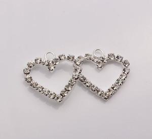 Chaud! 100pcs argent plaque claire strass coeur en forme de charme 22 x 23mm (002307)