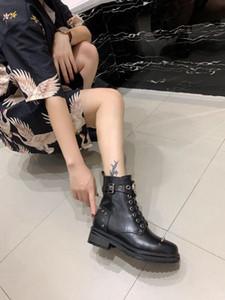 Laureate Desert Boot Botas militares gruesas para mujer con fondo militar Zapatos de diseñador de marca de moda de lujo Martin Bootie de cuero 35-41 mh190718