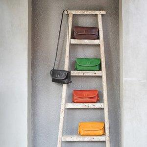 YIFANGZHE Woman genuine leather Crossobdy bag, Small Messenger / Crossbody Vintage Cowhide кожаные сумки, простые и практичные