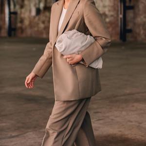 Diseñador-El Día de la bolsa del partido de tarde del monedero del embrague del bolso de las mujeres grandes de cuero grande con pliegues de la almohadilla del bolso de Verano Blanco Verde Camel Bolsas