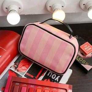 Rosa Streifen-kosmetischer Beutel bilden Fall Frauen Körperpflege Organizer Leder Lagerung Neceser Hanging Badezimmer Wash Bag