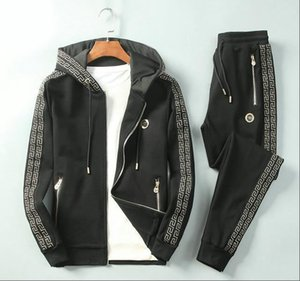 2020 Luxury Межсезонной Tracksuit Тонких Высокого качества Tracksuit Черный Толстовка Кардиган Мужские костюмы конструктора Азиатского размер M-3XL