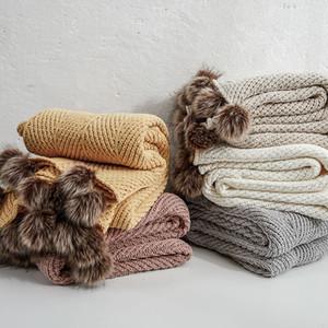 Твердое трикотажное одеяло с Hairball для кроватей Бросьте Зимнюю кровать Диван Обложка Покрывала Soft 130 * 160см Управление Nap Одеяло