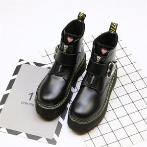 Весна Осень мотоциклов сапоги женщин Мода Любовь сердца Круглый Toe платформы клинья Combat Boots Женская обувь Botas Mujer B12-07