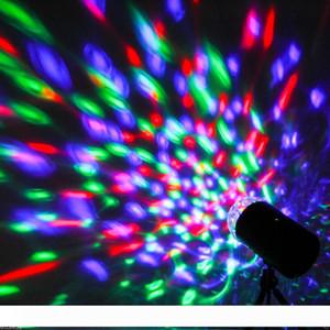 3W 풀 컬러 LED 회전 램프 RGB 크리스탈 매직 볼 레이저 무대 조명 DJ KTV LED 효과 디스코 램프 전구 자동 회전 음성 활성화