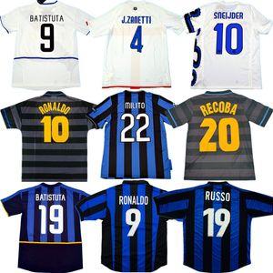 Retro Inter Calcio Maglia ZANETTI MILITO BATISTUTA classici camicia di calcio 97 98 99 01 02 03 07 08 09 Ibrahimovic RONALDO antichi maillots