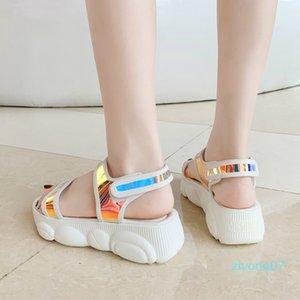 Плюс размер 34-46 Женские сандалии 2020 Новая мода Женская Повседневная обувь Bling клинья пряжка ремень туфли на платформе 5 см летние сандалии z07