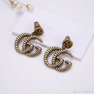 New Earrings Female 2019 Seiko High Quality Bronze Temperament Retro Lion Head Alphabet Ear Studs Free Shipping
