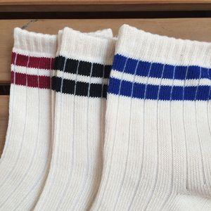 20SS Новая мода лето Мужчины носки Мужчины носки Street Нижнее белье Мужские баскетбольные Спортивные носки для женщин Бесплатная доставка
