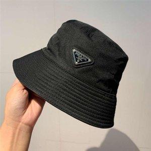 2020 delle donne degli uomini di modo nuovo di alta qualità di lussoDesigners Cappelli Baseball Caps di cappelli della benna Casquette Pescatore Cappello per il sole P-032