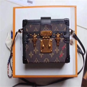 LoVuitto designer Monogram Bucket Petit HINA Mini BoiteMonogram Mini Speedy Hand Bag M94219 Size:18 x 12 x 4 cm