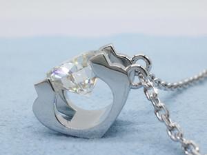 """2019 neue Ankunfts-Anhänger-Halskette Einstellung Moissanite Diamant-Stein 9k, 14k, 18k Gold Classic """"U"""" -Form Entwurf Pendalant mit Kette"""
