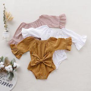 Vêtements enfants filles garçons manches enfant nouveau-né Bow de Bell Solid barboteuse Jumpsuits 2019 bébé automne printemps vêtements d'escalade C2180