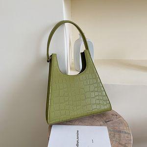 Mulheres Handbag Retro crocodilo Shoulder Bag Alligator Subaxillary Bag Vintage pequeno triângulo verde Bolsa 2020 Womens Luxo