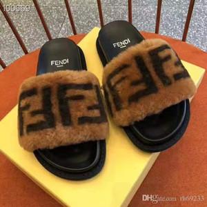 Flip Flop Erkek Sandalet Ayakkabı Rahat Yürüyüş Plaj Slaytlar EVA Masaj Terlik Tasarımcı Flats Erkek Yaz Erkek Ayakkabı 35-45