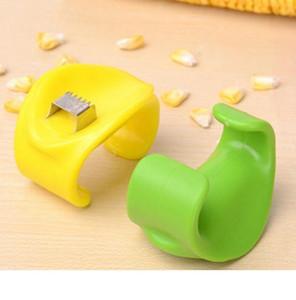 Pelador de maíz portátil de mano tira de los granos de maíz rápidamente Separación de grano es simple y práctico Trilladora de maíz
