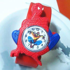 Fábrica al por mayor niños del punto historieta del hombre araña mira el reloj de la patente de 2019 Nueva Spider-Man Niños para el regalo de navidad niño niña
