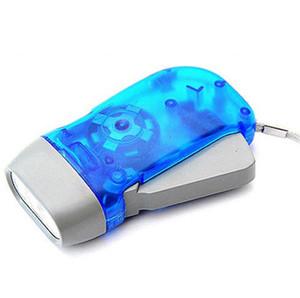 Outdoor 3 LED mano Press Torcia Flashlight No Batteria Wind Up dinamo luce della torcia elettrica di campeggio portatile Flash Light