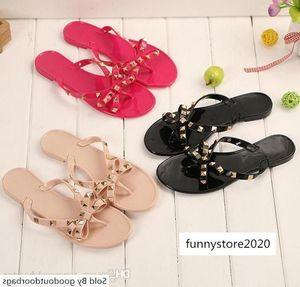 Summer new and slippers women s flat with camellia herringbone flip flops non-slip jelly beach sandals flower design