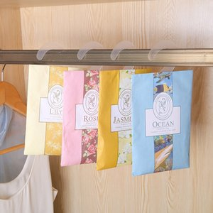 1pc Hanging Fragrant aromathérapie Sac Anti sachet-Pest et anti-moisissure pour armoire Closet voiture Freshening Accueil Senteurs Autres Entretien ménager O