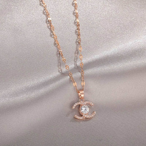 Мода ожерелье Письмо ожерелье кристалл алмаз кулон ожерелье Женщина Pearl ожерелье Банкет подарок ювелирных изделия