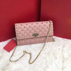 Kaliteli çanta için 2019 ünlü tasarımcı çivili omuz çantası kadın perçin debriyaj Perçin çanta çanta ünlü tasarım Lüks