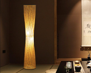 Japonês Pastoral Bamboo Weaving pequeno cintura Floor Lamp Modern Simples chinês Led Standing Luz Sala de Estudo Teahouse Cafe LLFA