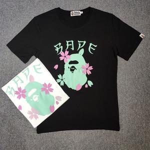 Bape Mens Styliste T-shirt manches courtes pour hommes Styliste Casual Couples coton de haute qualité T-shirts Fleurs de cerisier Imprimer