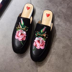 Kadınlar Rahat ayakkabılar Kürk Katırlar Terlik Desiger marka Loafer'lar Ayakkabı 100% Gerçek Deri Hayvanlar Süet Metal Zincir Terlik SZ 5-12
