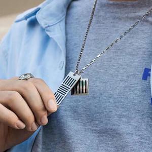 19FW Vuittton DAMIER NEGRO COLLAR letra de molde collar mujeres de los hombres de Hip Hop de la calle al aire libre Festival de Nuevo regalo del estilo collar HFLSXL003
