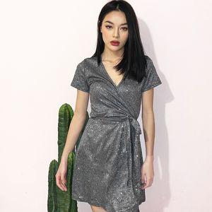 2020 yazında yeni tasarımcı kadın moda seksi parlak bling ipek V yaka dantel marka elbise Avrupa ve Amerikan patlama modelleri kadın