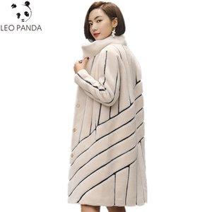 2019 neue gestreifte Mantel Mouton-Mantel für Frau weibliche tonfur Pelz-Mantel Damen Winterjacken Echtpelz 100% Wolle Pelzmäntel HF468 SH190930