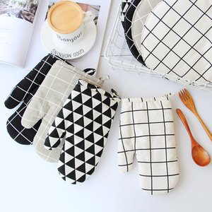 Fast shipping free oven mitts and mats cotton hemp heat insulation gloves mat Kitchen Baking gloves